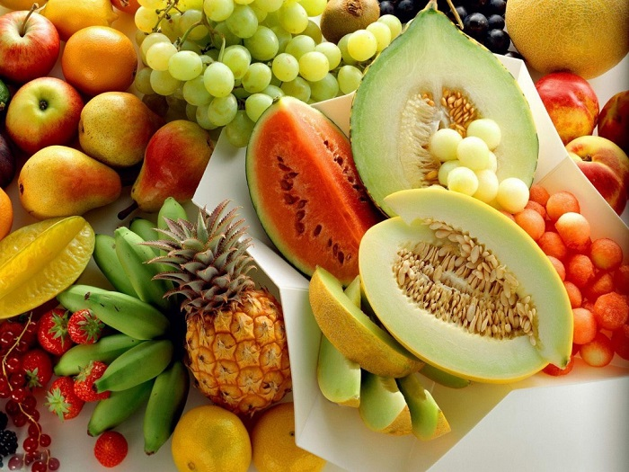 Lúc này, bạn hãy tập trung vào các loại thực phẩm chống viêm và có nhiều vitamin C như các loại quả mọng hoặc rau củ.