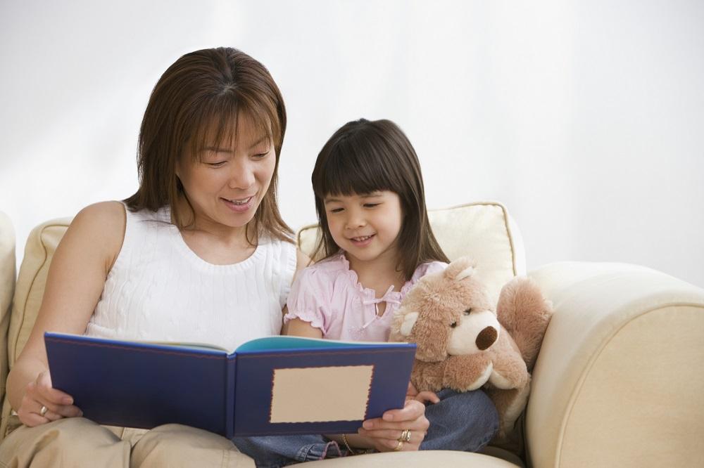 Giúp trẻ tích lũy từ vựng từ nhỏ