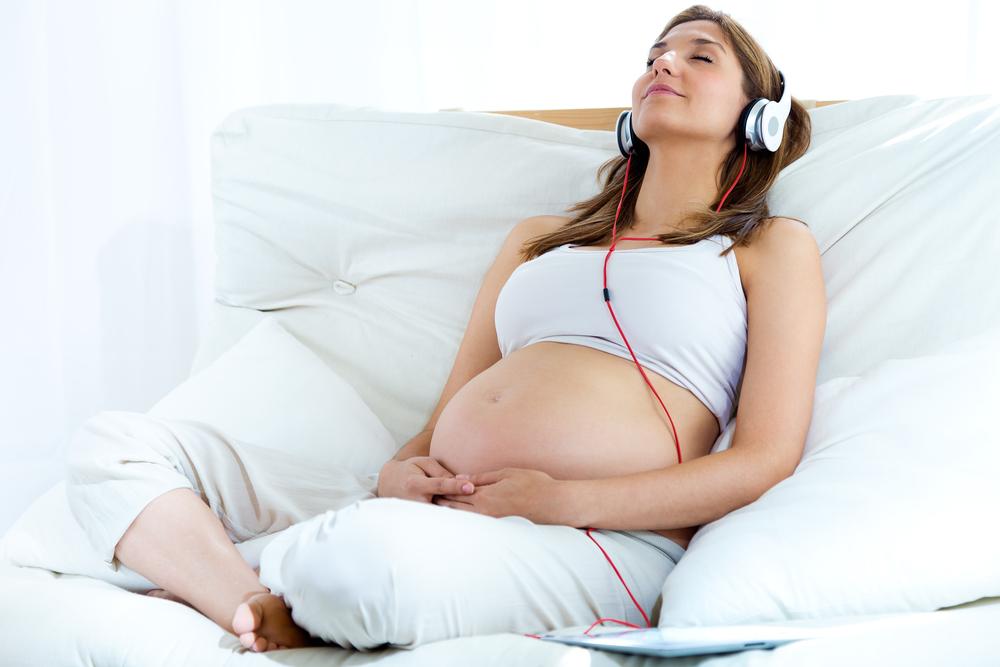 Vì thế hãy để âm nhạc mang đến cho bầu một cảm giác tuyệt vời mỗi ngày.