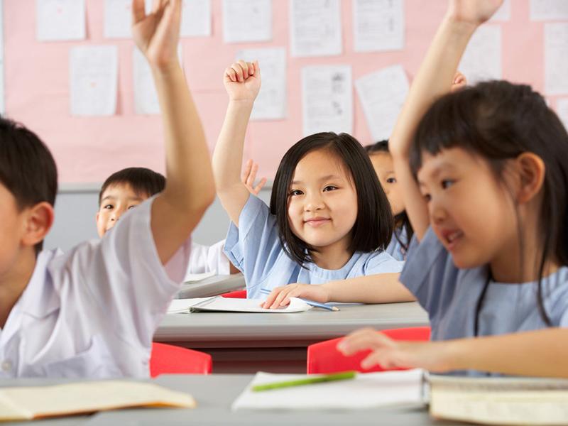 Việc học các từ vựng tiếng Anh sẽ rất hiệu quả nếu bé biết áp dụng vào cuộc sống hằng ngày.